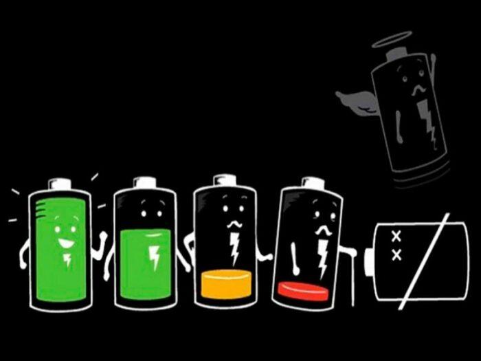 Как можно зарядить обычные батарейки без использования специальных устройств