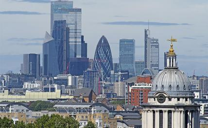 В Лондон в обход запретов: Для элиты пандемии не существует? россия