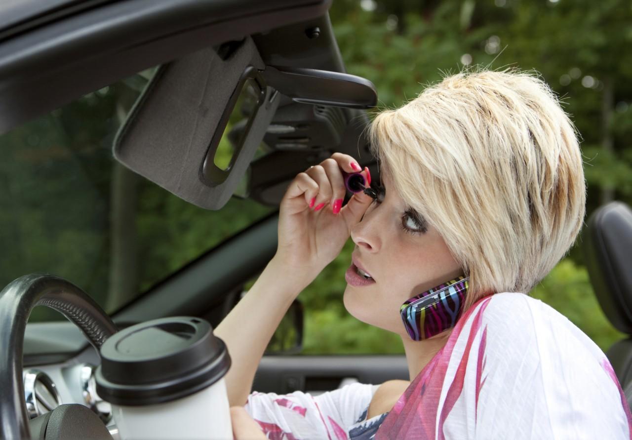 Открытка марта, женщина водитель смешные картинки