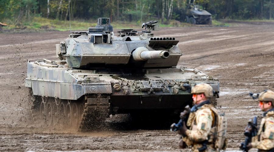 Коррупция превратила немецкую военную технику в металлолом