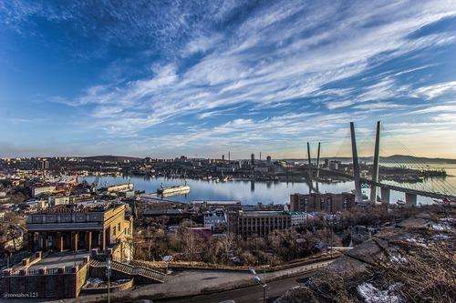 В ЕР прокомментировали отмену итогов голосования на 13 участках во Владивостоке