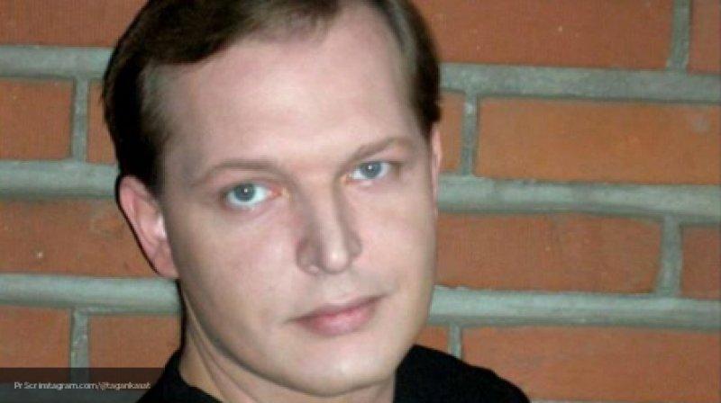 Россияне оплакивают ушедшего из жизни актера Данилу Перова