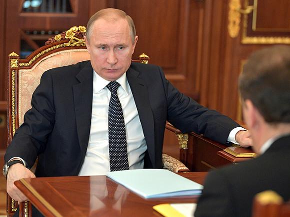 Пенсии — лишь повод показать, кто в России главный