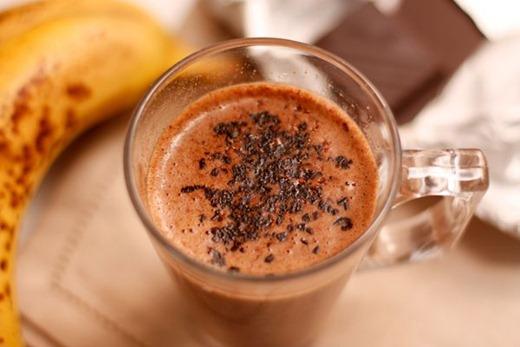 Шоколадно-банановый коктейль десерты,кулинария,напитки