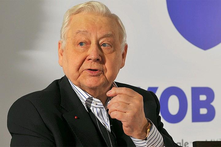 Олега Табакова похоронят на Новодевичьем кладбище рядом с Леонидом Броневым