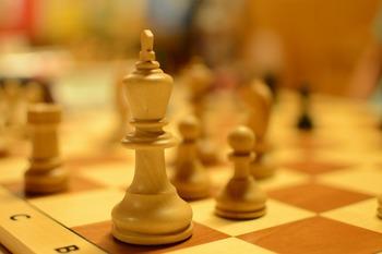 Ян Непомнящий выиграл шахматный турнир в Дортмунде