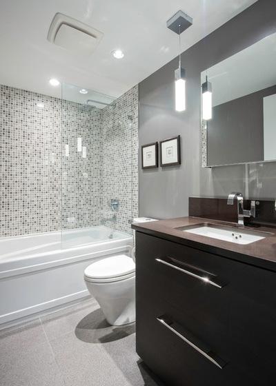 Современный Ванная комната by Renocon Design