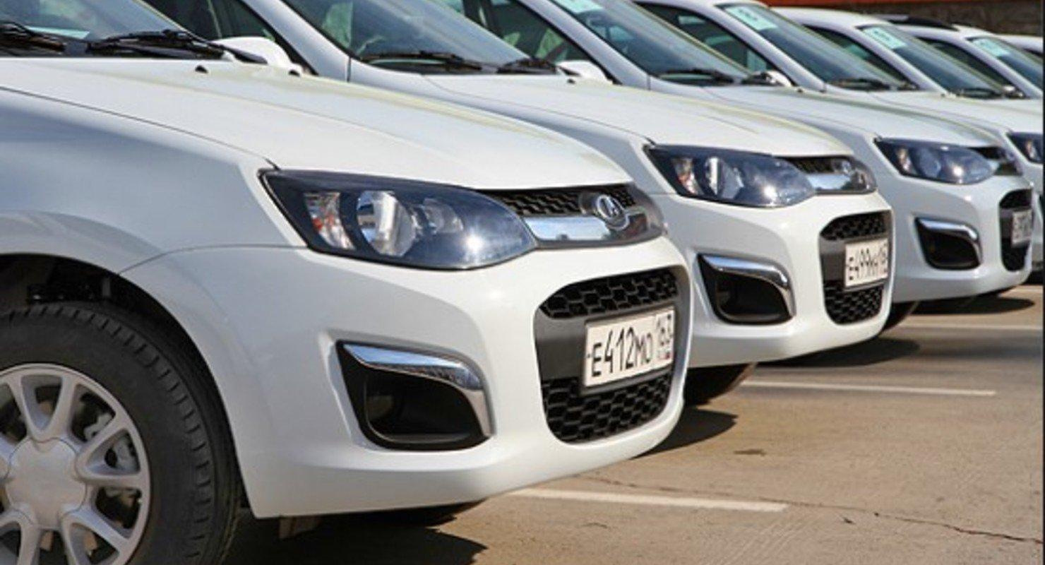 АвтоВАЗ возобновил выпуск модели LADA Granta после недопоставок комплектующих Автомобили