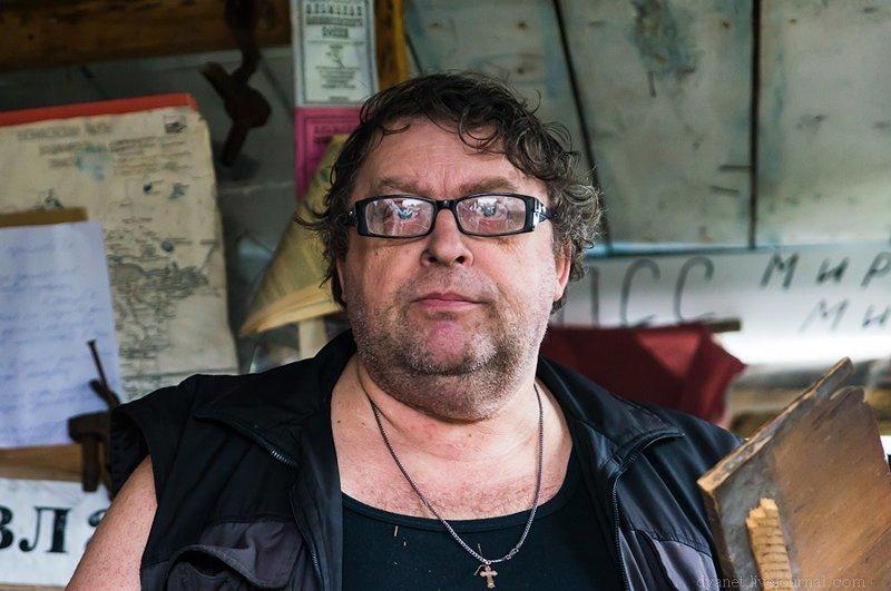 Вот такой вот необычный человек, Станислав Геннадьевич Крайнов. Последний вязниковский офеня, писатель и директор музея «Лавка случайных вещей»: Илевники, в мире, вещи, люди, старьевщик