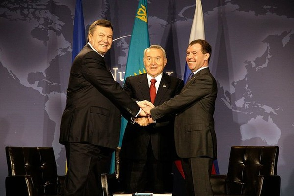 Не профукает ли Россия Казахстан так же, как она профукала Украину?