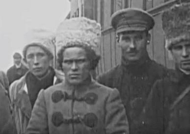Как большевики предали Махно