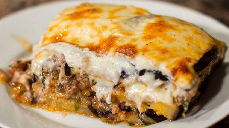 Мусака – греческая запеканка: блюдо, которое не наскучит