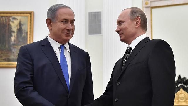 СМИ Израиля сообщают об обстреле израильского военного самолета российскими войсками