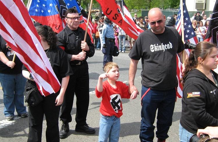 Как сделать из Вашего сына нациста?