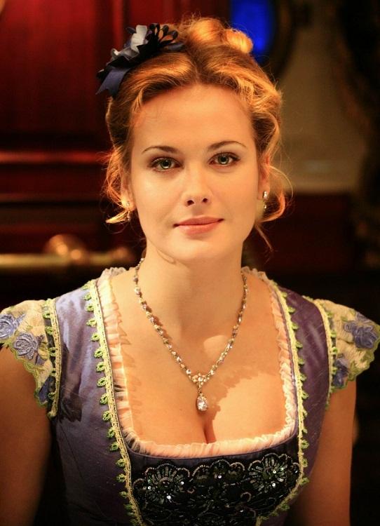 Самые красивые современные русские актрисы (17 фото)