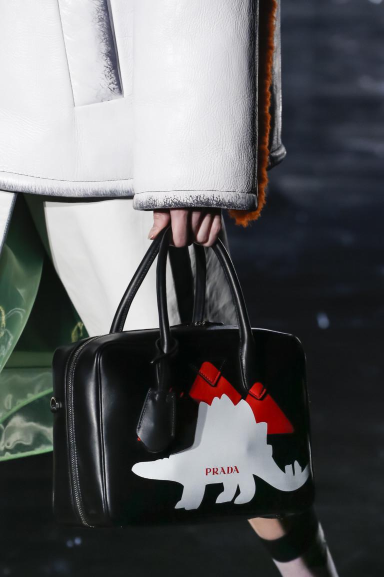 Модные сумки 2019, это тренды грядущего года e8cb0a67cbc