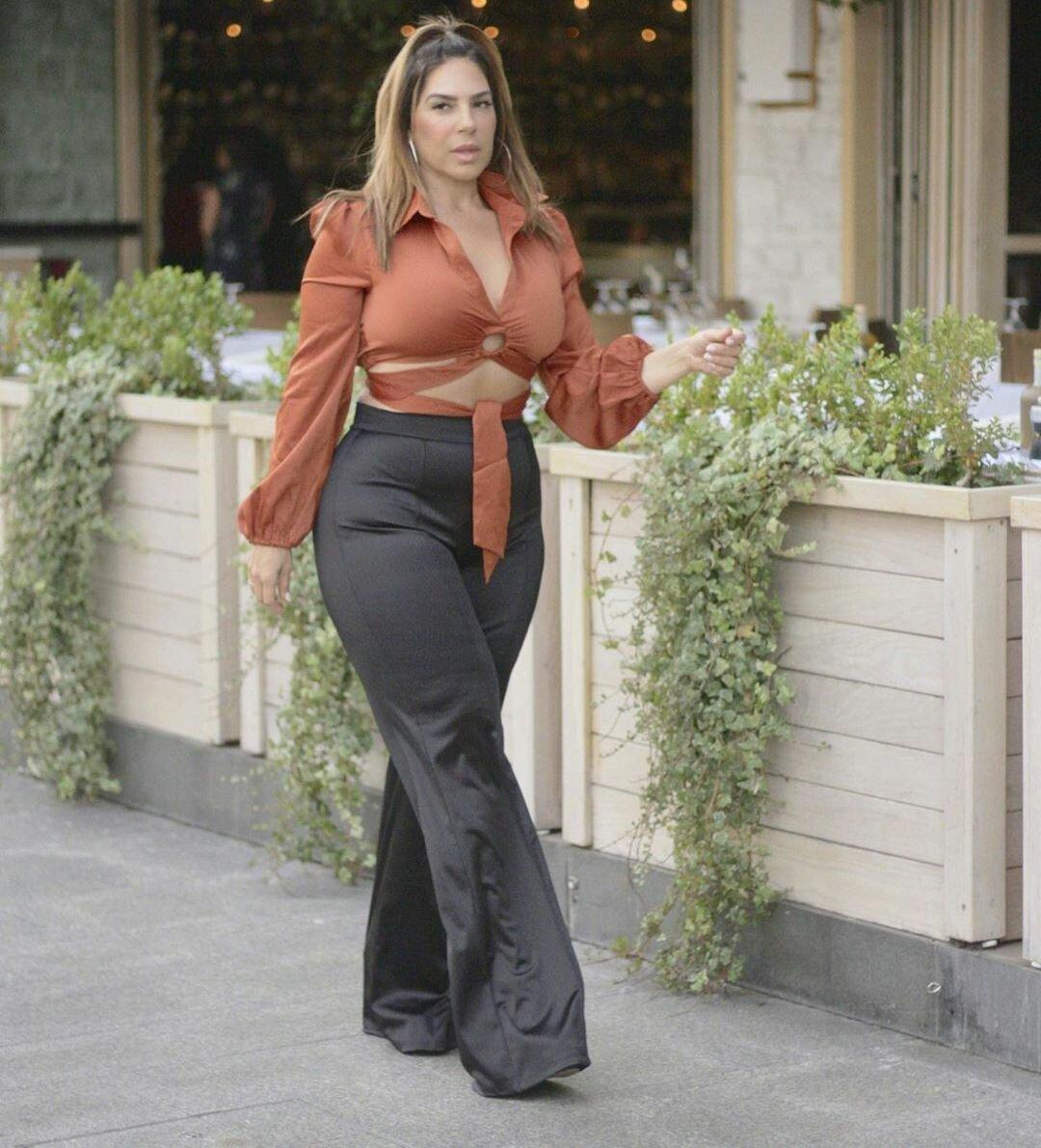 Стильно или вульгарно? Модная пышка 50+, которая выглядит великолепно красота,мода,мода и красота,модные блогеры,модные образы,стиль,фигура