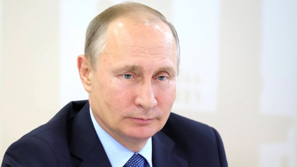 """""""Спиной к спине"""": Путин наше…"""