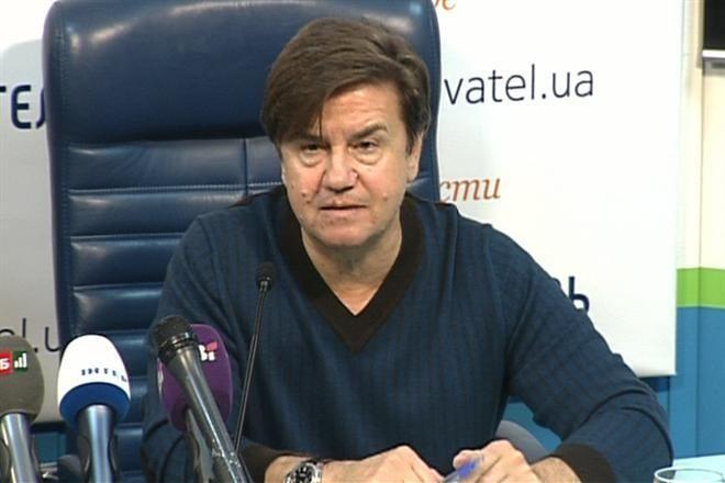 Ты лжешь, идиот! Укропатриоту Карасеву досталось в Москве по полной