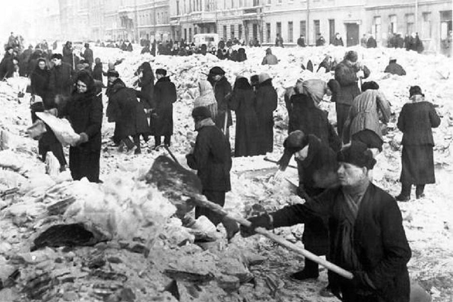 Как ленинградцы не допустили…