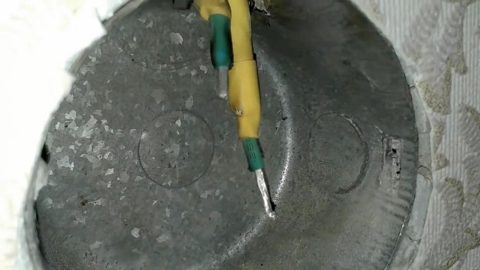 Как установить розетку если остались короткие провода