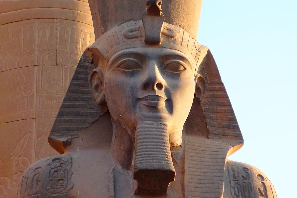 Рамсес II Великий — фараон Древнего Египта из XIX династии, правивший приблизительно в 1279—1213 годах до н. э.