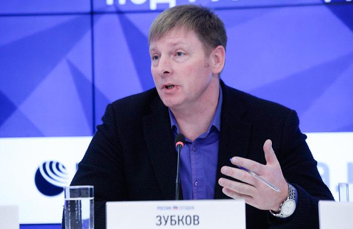 МОК требует от главы Федерации бобслея России Зубкова вернуть «золото» Олимпиады в Сочи