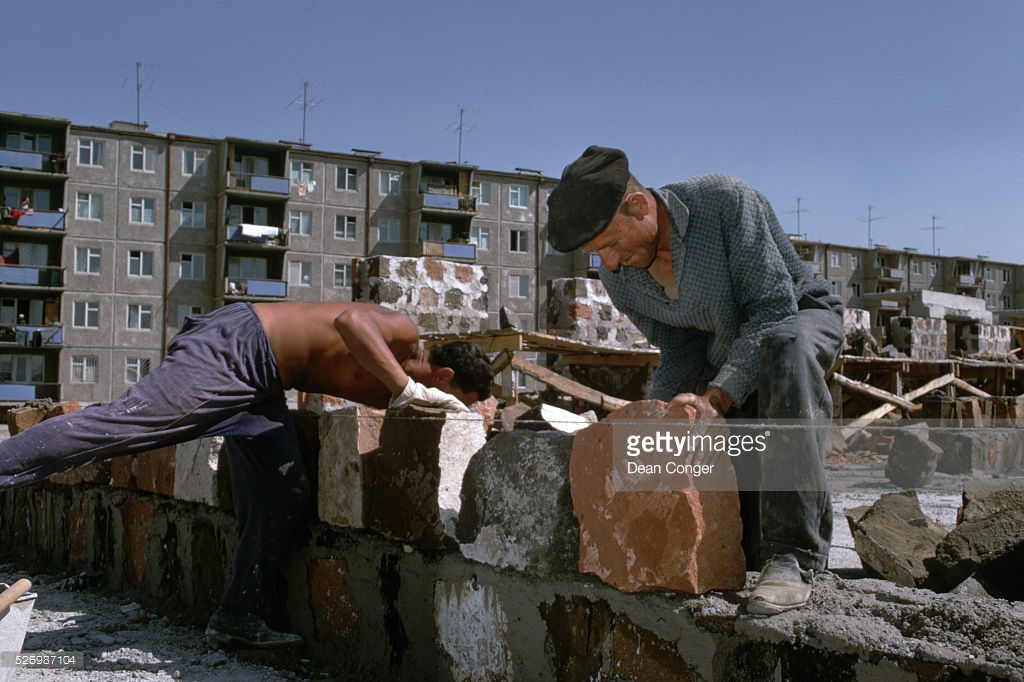 Ещё раз о «бесплатных» квартирах в СССР.