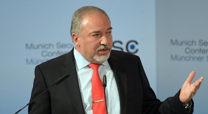 Министр обороны Израиля ушел в отставку