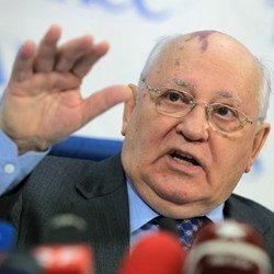 Горбачев обрушился на Путина с критикой