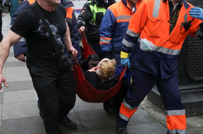 Все раненые в метро Санкт-Петербурга доставлены в больницы