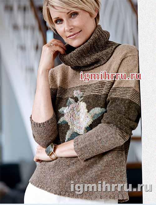 Классический свитер с вышивкой