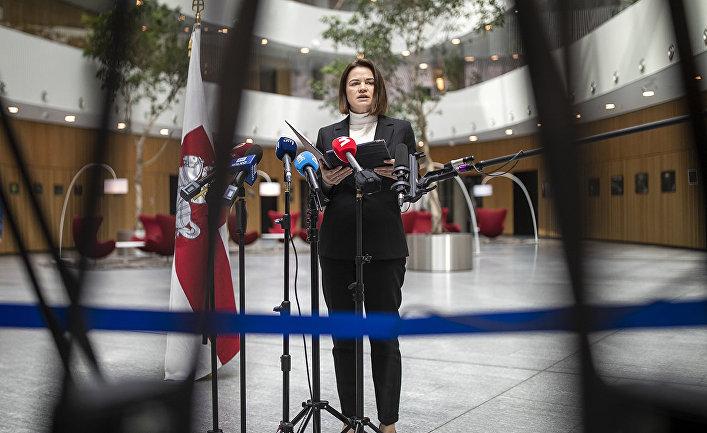 Читатели Der Spiegel: в Белоруссии Запад пытается все сделать так же, как на Украине Политика