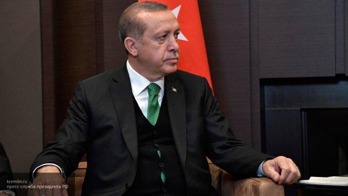 Эрдоган резко ответил на требование убрать турецкую военную базу из Катара