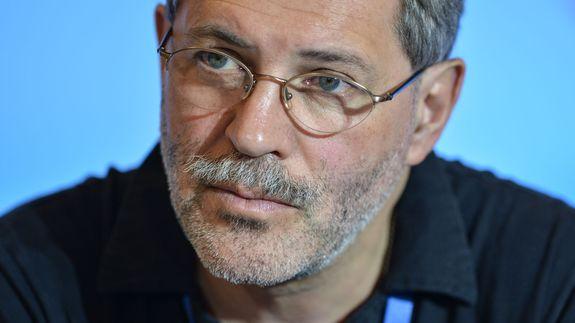 «Стареющий Геннадий Зюганов продал партию не тому человеку...»