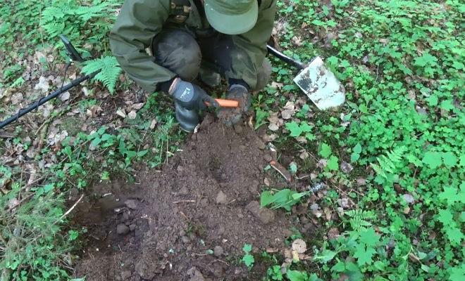 Тяжелый сундук со дна болота: раскопали редкую удачу в иле болото,вторая мировая война,находка,Пространство,сталкер,черные копатели