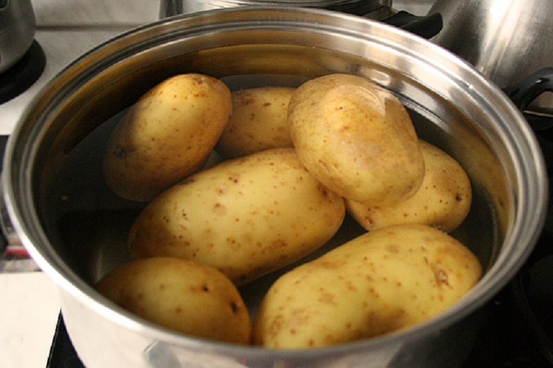 сварить картофель