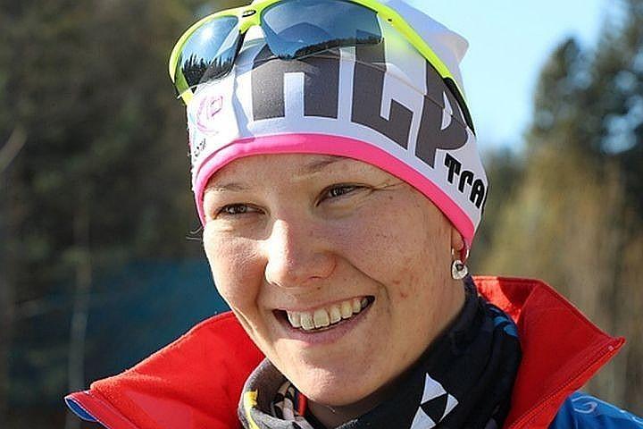 Россиянка Анна Миленина выиграла биатлонную гонку на 12,5 км