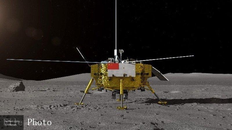"""На поверхность Луны успешно приземлился китайский аппарат """"Чанъэ-4"""""""