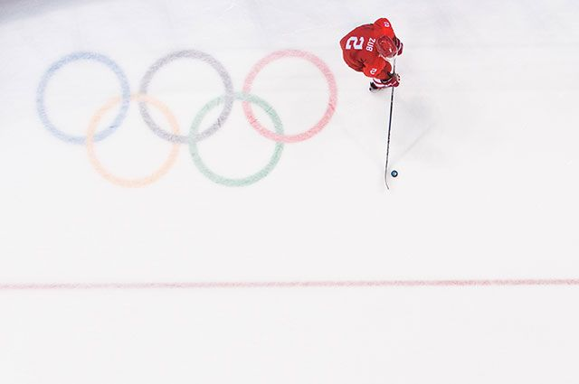 Кто считается фаворитом в финале хоккея на Олимпиаде: Россия или Германия?