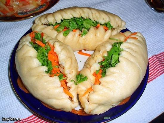 Блюдо корейской кухни. Пигод…