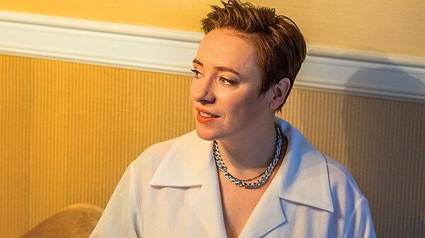 Тутта Ларсен: «Быть идеальной мамой очень опасно»