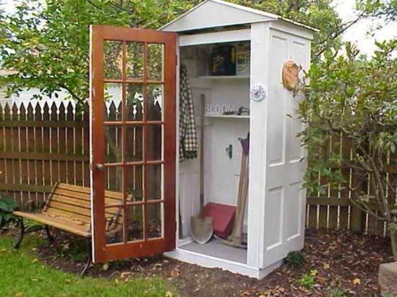 Мужчины всегда хотят отдельную зону для своих инструментов, маленький склад соорудить из разных старых дверей двери, полезные советы, своими руками, сделай сам, фото