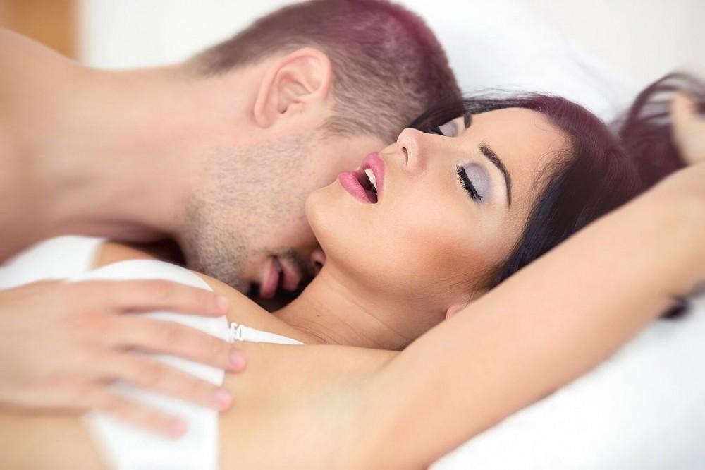 kamshoti-toshnoti-ispitala-orgazm-vo-vremya-seksa-onlayn-luchshee-popu-slez-porno