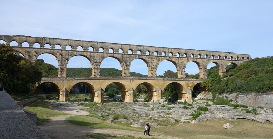 Франция: Папский Авиньон и древнеримский Пон-дю-Гар
