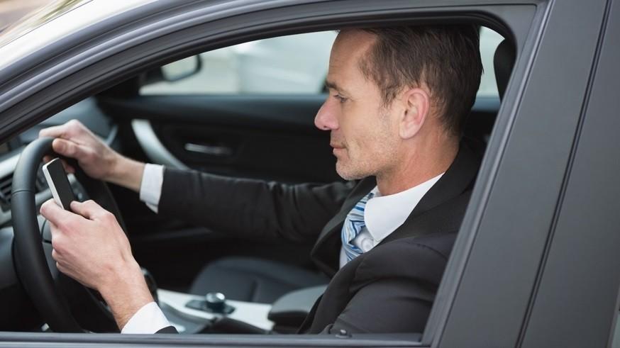 Водителей в РФ уже начали штрафовать за непристёгнутые ремни безопасности и телефоны в руках авто,авто и мото,водителю на заметку,гибдд,машины,новости автомира,пдд,Россия,штрафы и дтп