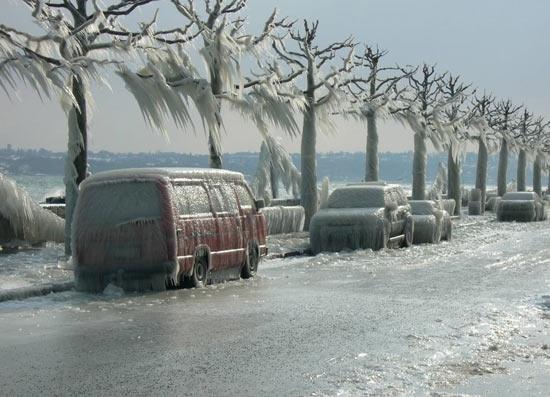 Ледяные штормы в США и Швейцарии