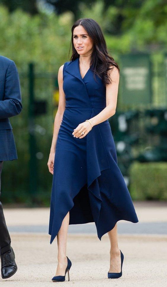 Как носить синий - самый модный цвет 2020 года фото №11