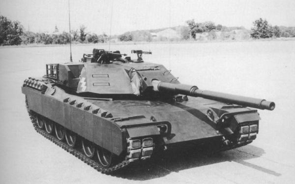 Экспериментальный танк XM-1 компании Geniral Motors