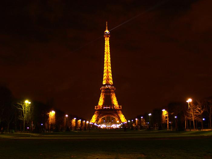 Эйфелева башня. Фото: Amber Lacerta.